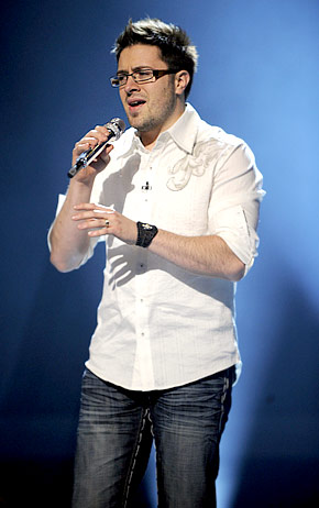Danny Gokey: my pick to win Idol. He's an artist with a soulful voice and his story is moving.
